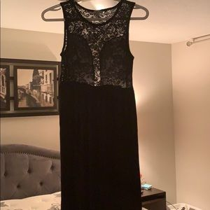 Charlotte Russe stretch Maxi dress w front slits